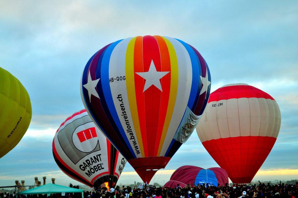 hotair balloon Clark Pampana